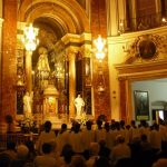 Cuanto dura una misa cristiana